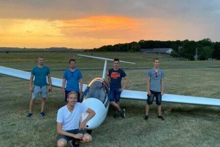 4 frisch gebackene Piloten für die LSG Menden e.V.